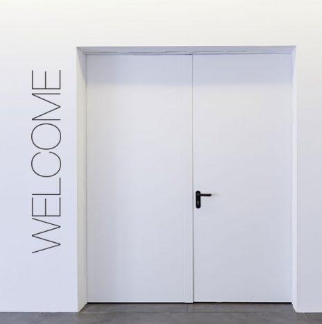 Welcome  מדבקת קיר