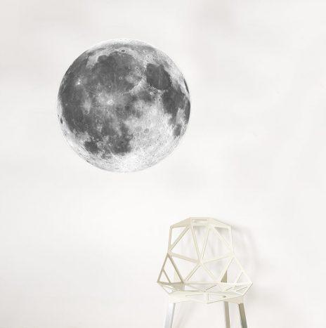 מדבקת קיר Moon