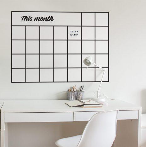 לוח מחיק חודשי This Month